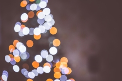 christmas-tree-bokeh-lights-background-picjumbo-com